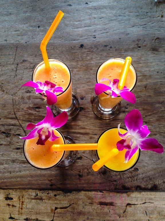 Succhi freschi al mango