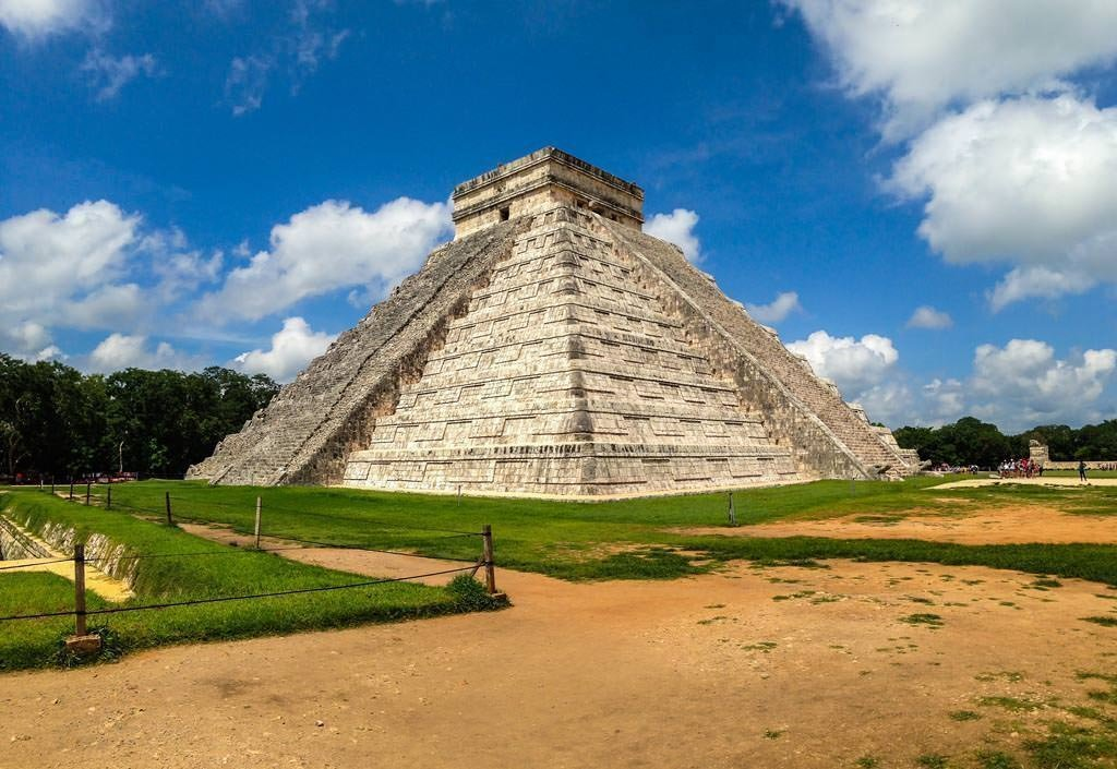 Chichén Itzá El Castillo Kukulkan piramide