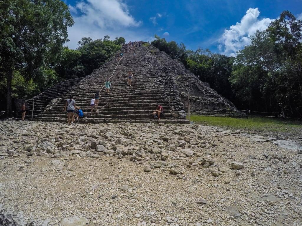 La grande piramide di Nohoch Mul