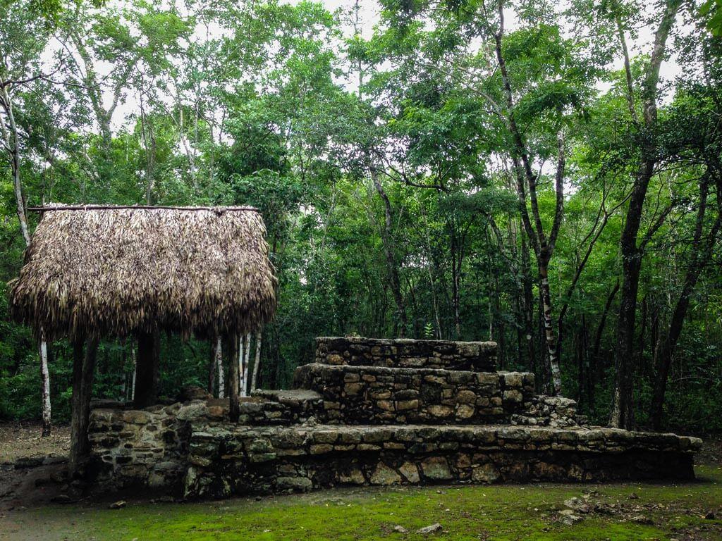 Rovine nella giungla