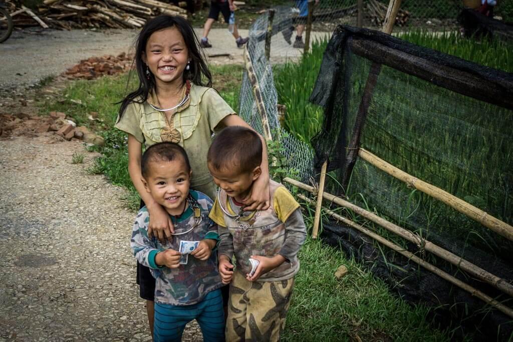 Bambini che ridono