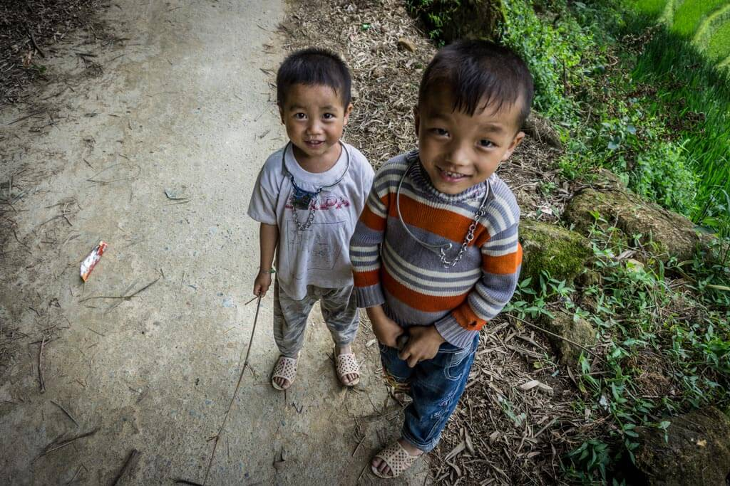 Bambini con le collane