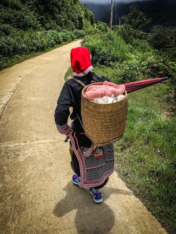 Ly Tai May con la cesta