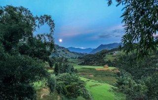 La luna sorge davanti al nostro Homestay