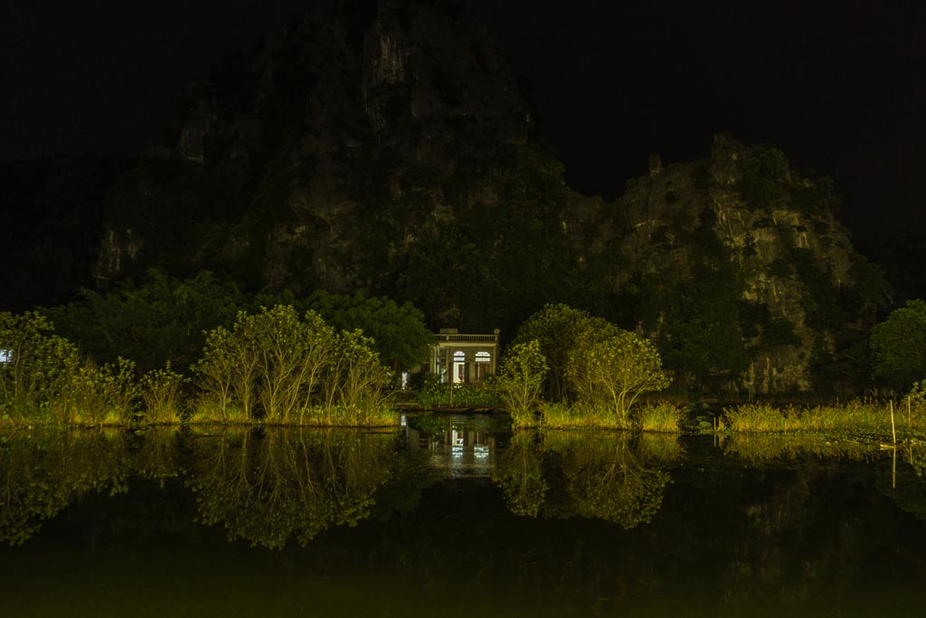 Tam Coc by night
