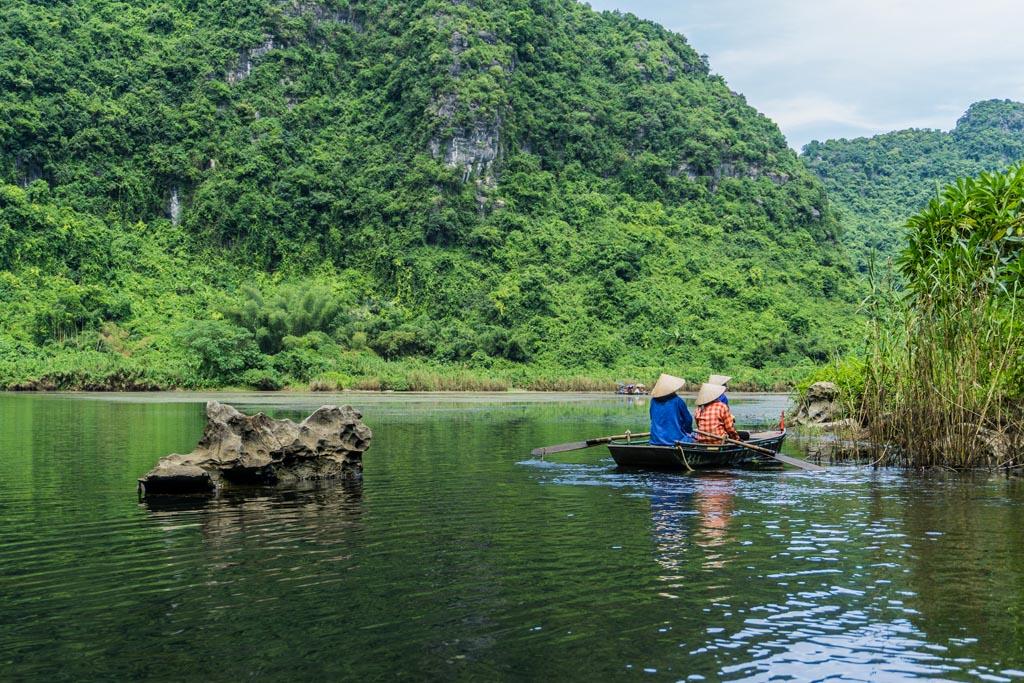 Trang An - barche sul fiume