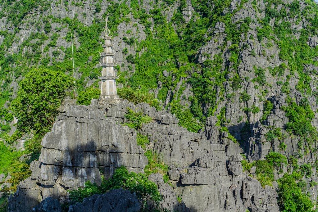 Mua Cave - tempio sulle rocce