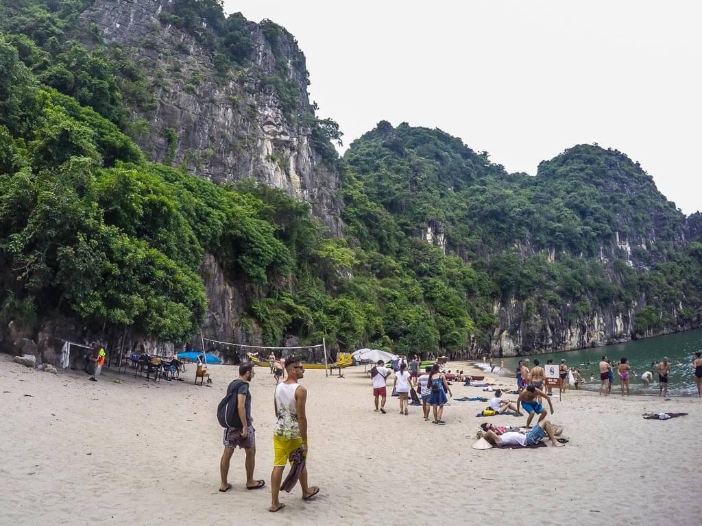 Halong Bay - spiaggia