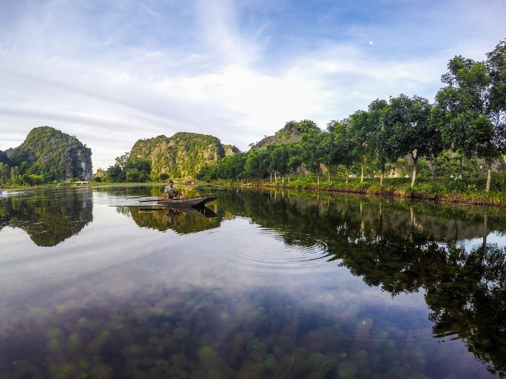 Tam Coc - gita sul fiume