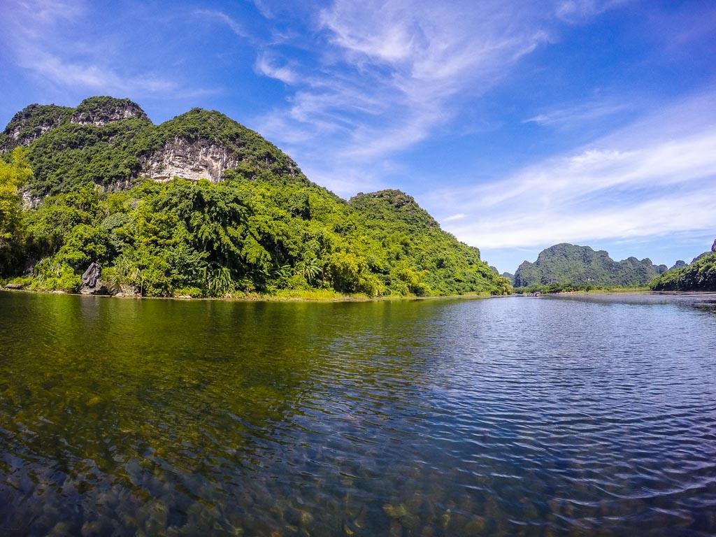 Navigando a Trang An