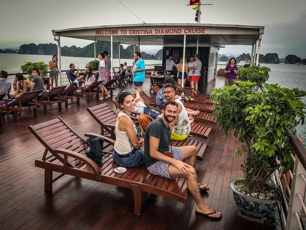 Halong Bay - aperitivo sul pontile