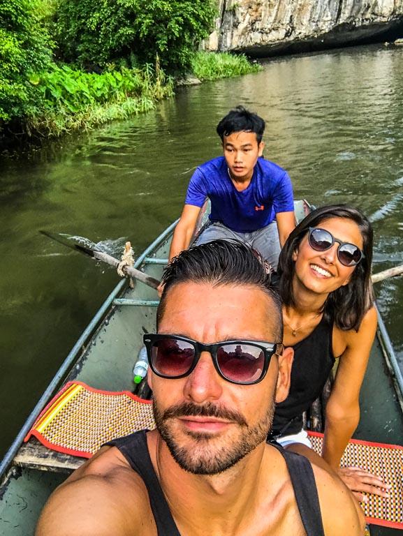 Selfie in barca con il nostro capitano!