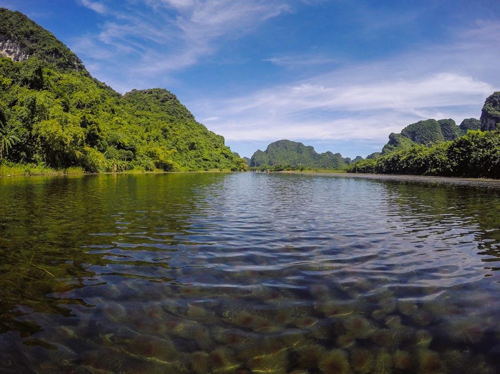 Ninh Binh - navigando a Trang An