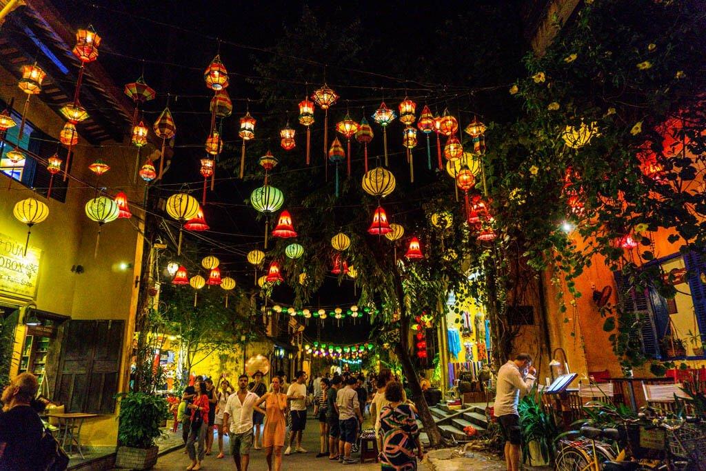 Hoi An cosa vedere - lanterne nella città antica