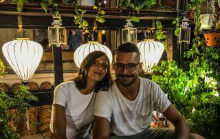Serena e Francesco in posa sulla terrazza del ristorante Cyclo's Road