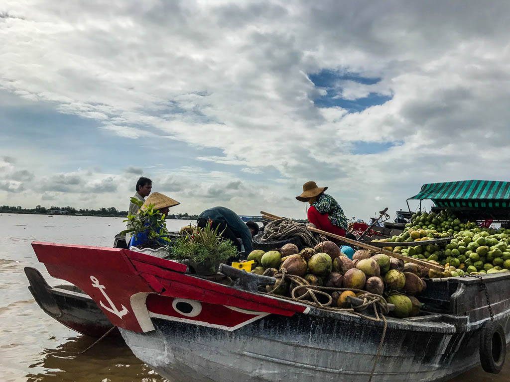 Delta del Mekong - il mercato galleggiante di Long Xuyen