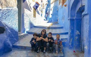 Insieme ai bambini di Chefchaouen