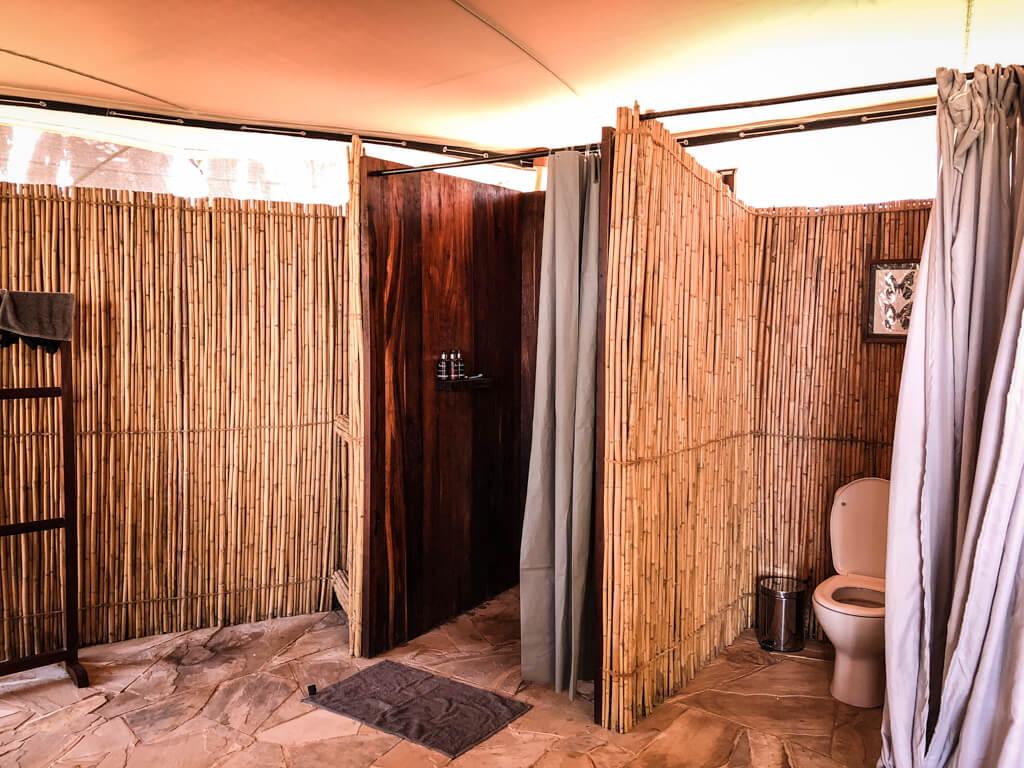 Doccia interna del nostro alloggio in Roho ya Selous di Asilia Africa